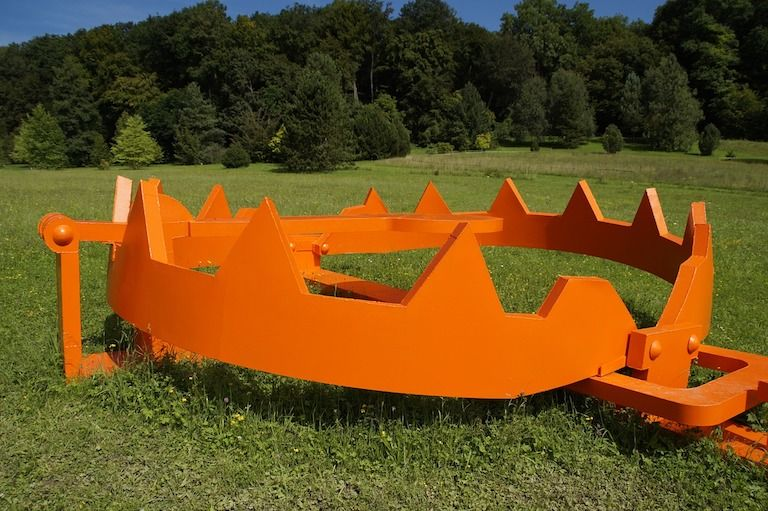 Narancssárga fogazott vadcsapda